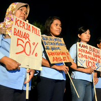 As UNIQLO arrives in Scandinavia, Indonesian garment workers demand justice